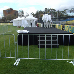 380 Crowd-Control-Barriers